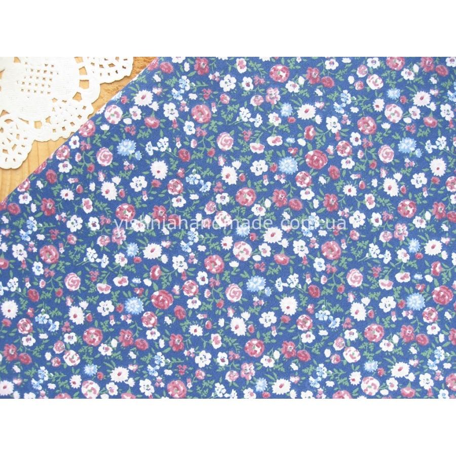 """Отрез сатина для рукоделия """"Разноцветные цветочки на синем"""", 25*40 см"""
