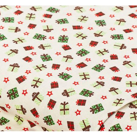 """Отрез новогоднего хлопка для рукоделия """"Подарки на бежевом"""", 25*36 см"""