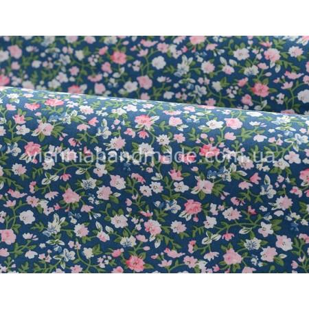 """Отрез поплина для кукольной одежды """"Белые, розовые микро цветочки на синем"""", 50*36 см"""