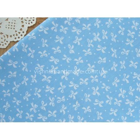 "Отрез сатина для рукоделия ""Белые бантики на голубом"",  50*40 см"