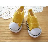 Желтые кеды для кукол на липучках, 5 см