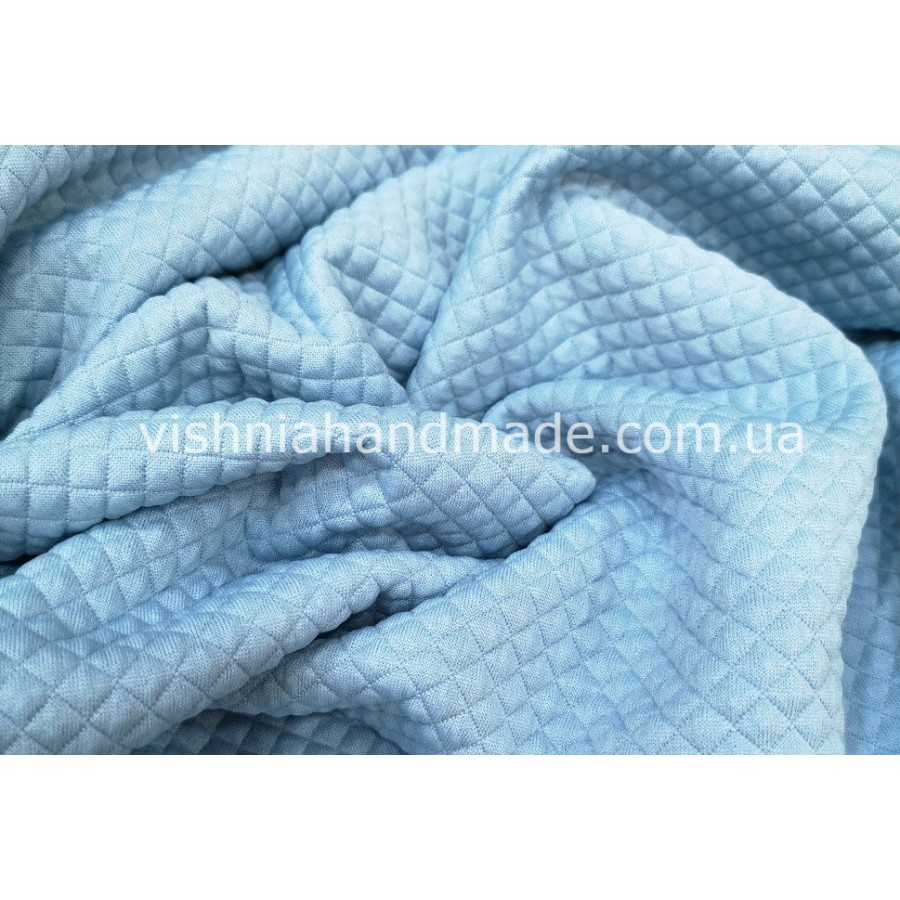 Голубой стеганый  трикотаж для кукольной одежды, клеточка 7 мм, 22*36 см